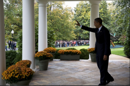 http://www.thepostemail.com/2015/04/15/the-betrayal-papers-part-v-who-is-barack-hussein-obama/obama-waving-white-house-11/